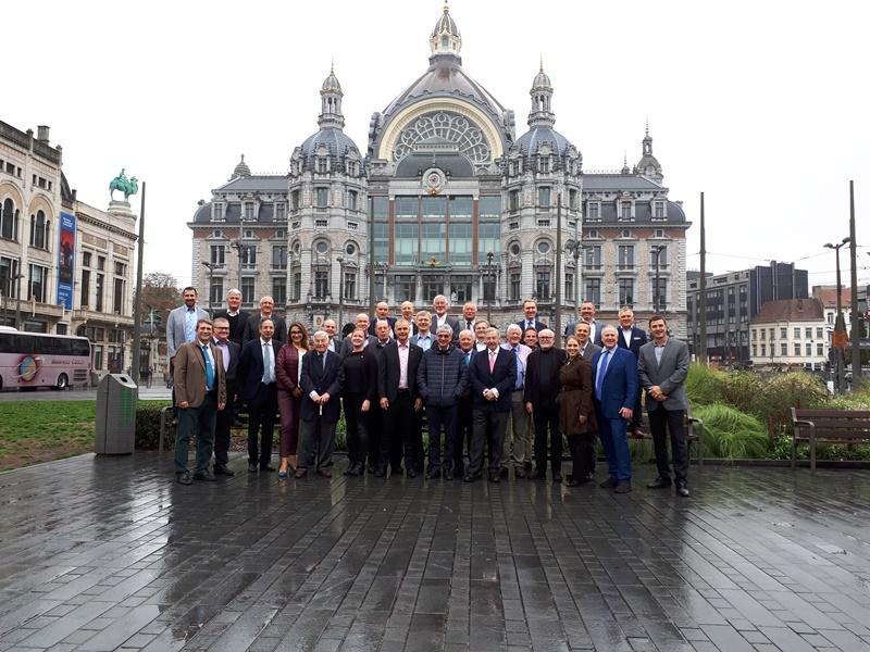 GENERAL ASSEMBLY DE LA EFNMS EN AMBERES